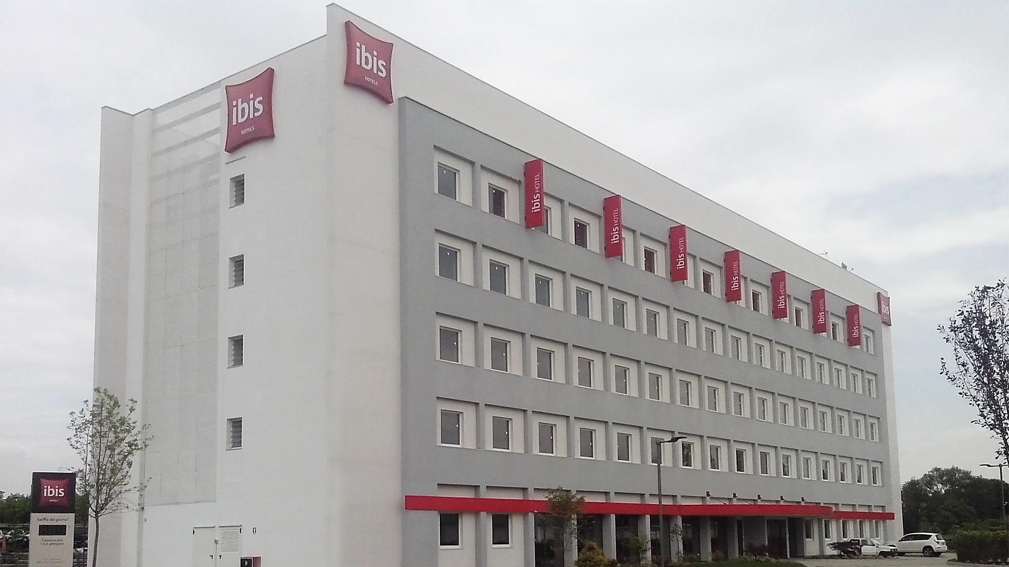 Hotel Ibis_home