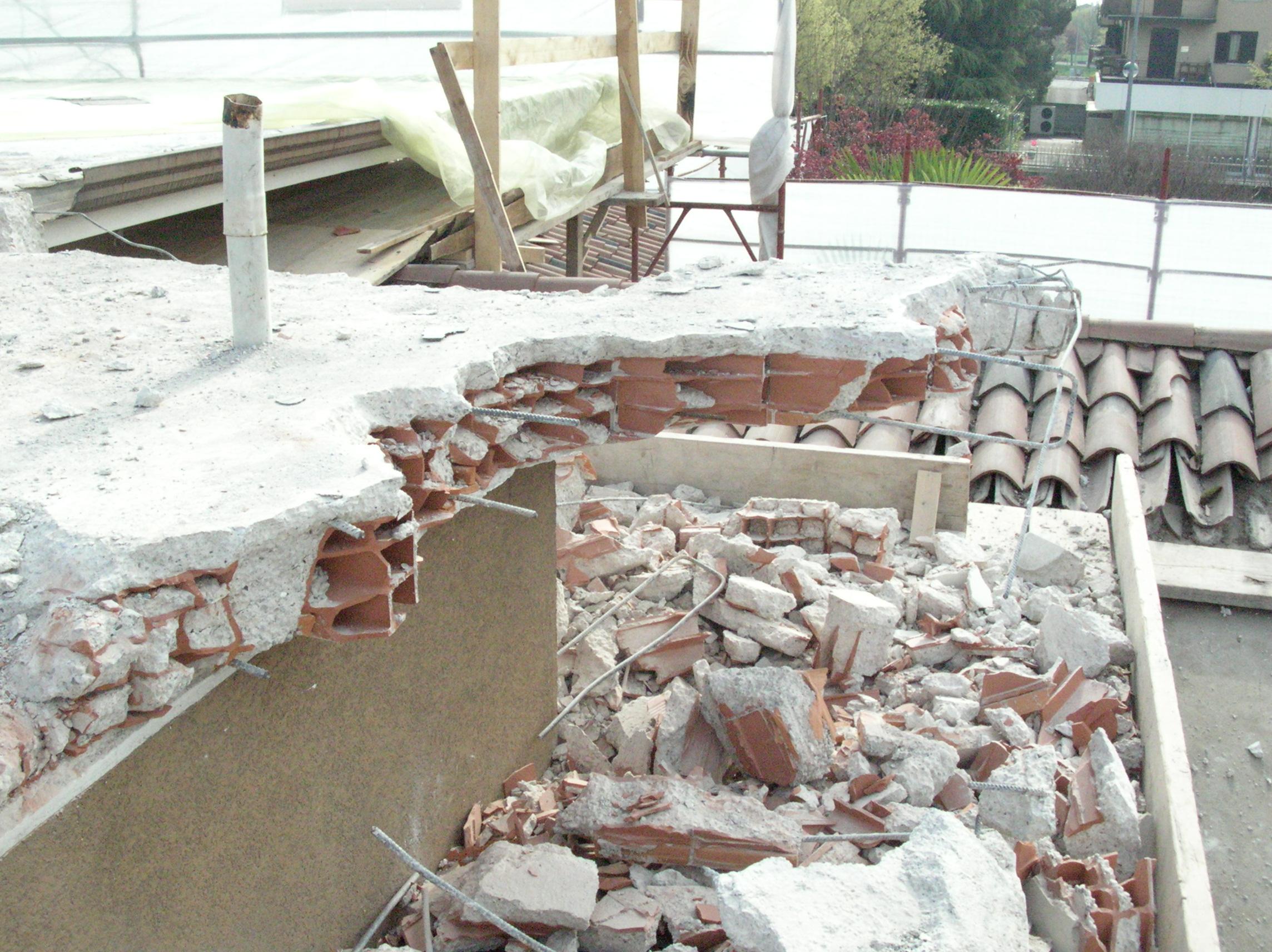 Demolizioni 08